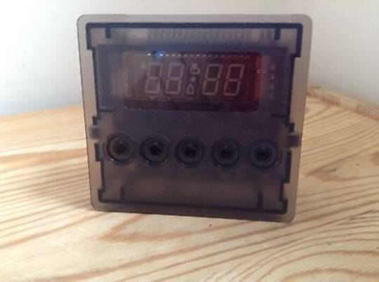 Fisher Paykel Oven Electronic Timer programmer Clock Timer 5 bottom OR90SDBGFX1