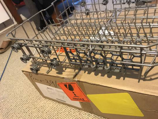 EVERDURE Dishwasher Upper Basket DWF614WE  WITH WHEELS,