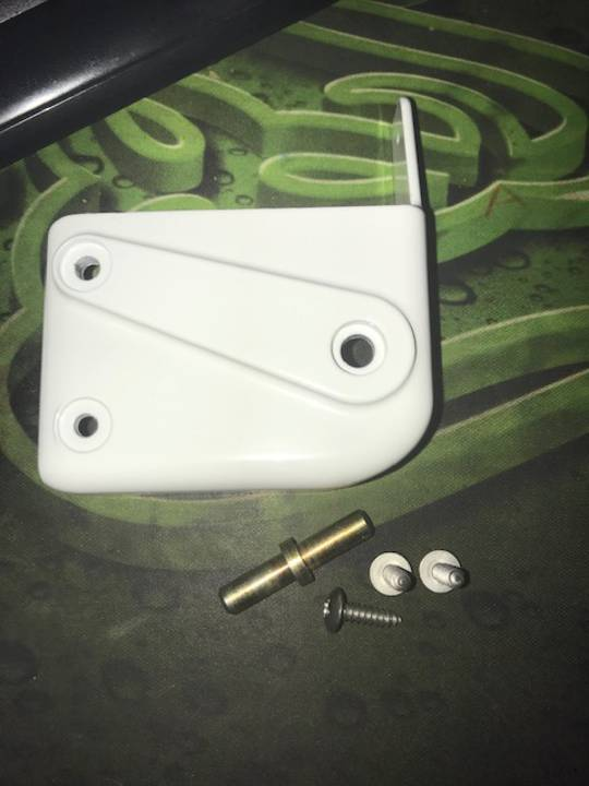 Fisher & Paykel Hinge lower replacement N325T, N405T, N510T, right hand bottom hinge,